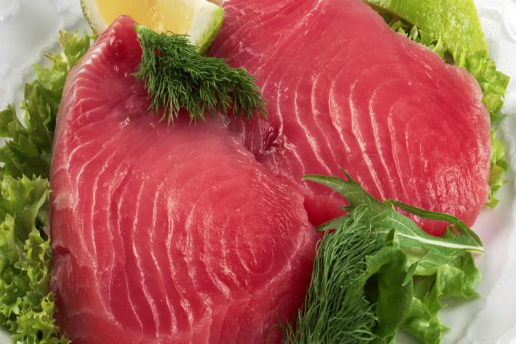 Españoles consumen 6 veces más atún que el resto del mundo