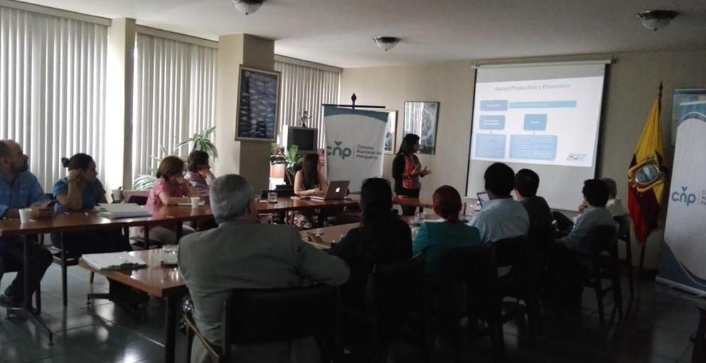 CFN Socializa a Socios CNP sus Productos Financieros